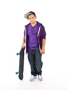 photo-24706729-skateboard-and-kid